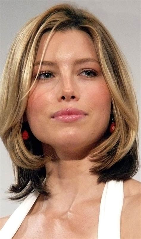 4 choppy medium hairstyles for different face shapes
