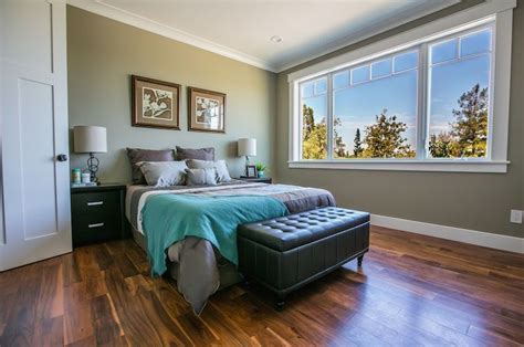 High Bedrooms by Contemporary Master Bedroom With High Ceiling Crown