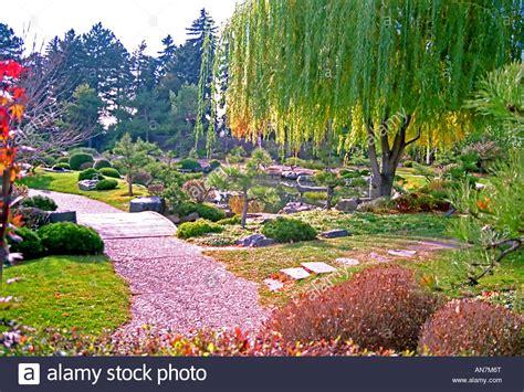 denver botanic gardens the lush and beautifully sculpted denver botanic gardens