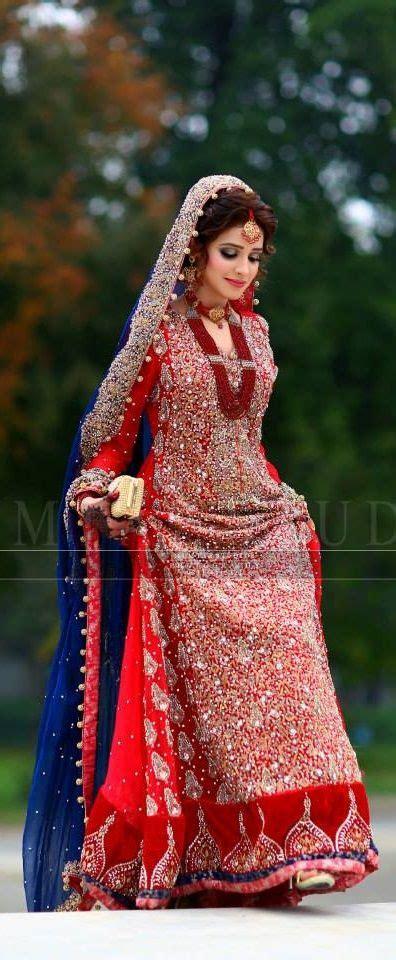 gorgeous embroidered bridal pakistani dresses design ideas