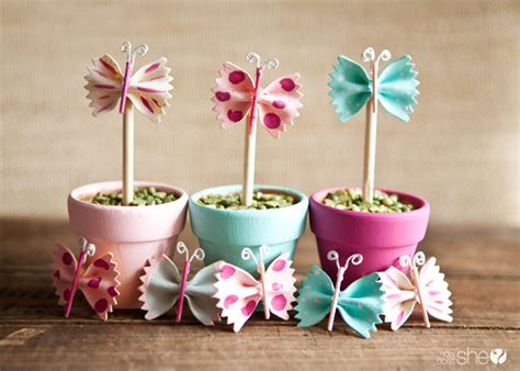 18 Spring Decor Ideas: 25+ Easter And Spring Decorations