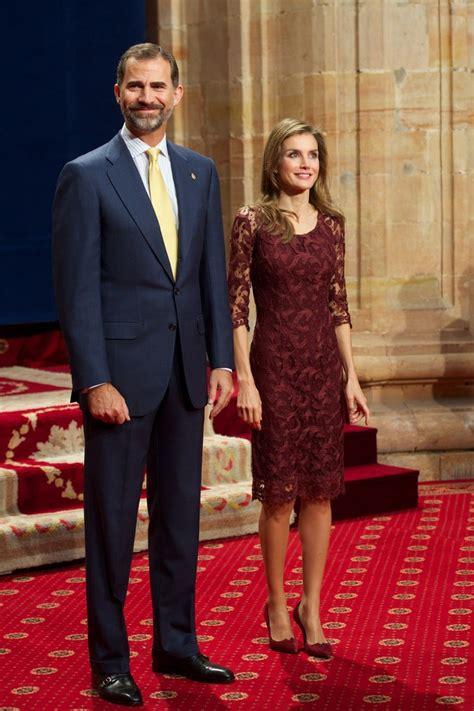 queen letizia  spain cocktail dress queen letizia  spain clothes  stylebistro