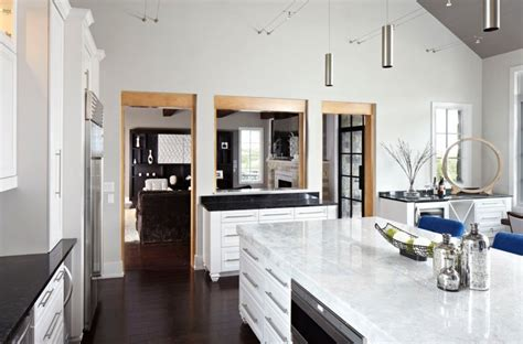 white quartz countertops inspire  kitchen renovation