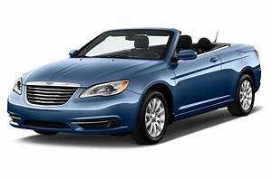 2011 Chrysler 200 Review and Rating