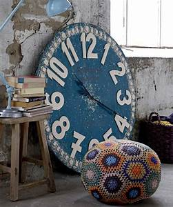 Große Wanduhr Vintage : ideen f r wandgestaltung dekorieren sie die w nde mit retro wanduhren ~ Indierocktalk.com Haus und Dekorationen