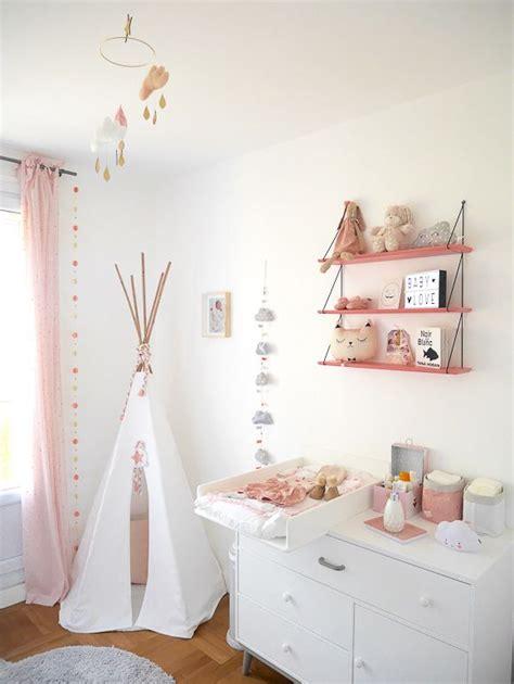decoration de chambre de fille les 25 meilleures id 233 es concernant chambres de b 233 b 233 fille sur chambre de b 233 b 233