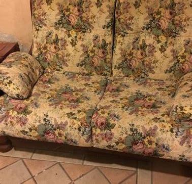 divano regalo regalo tre divani venegono inferiore