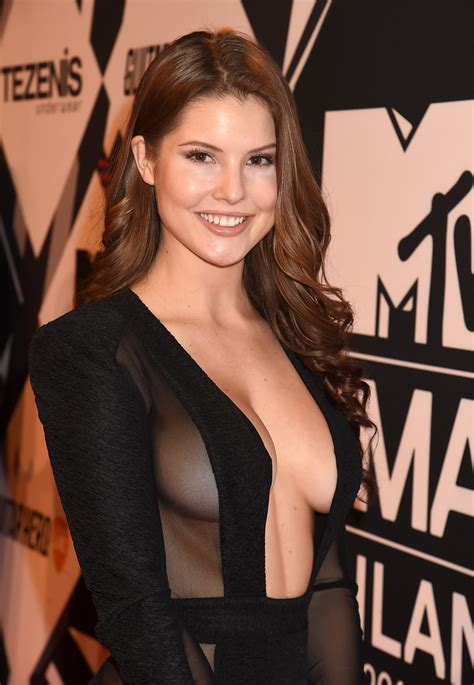 Amanda Cerny Hot & Sexy Bikini Pics, Images, Videos