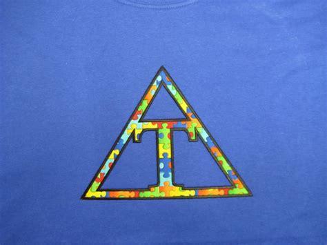 images  greek letter shirts  pinterest triangle fraternity greek letter shirts
