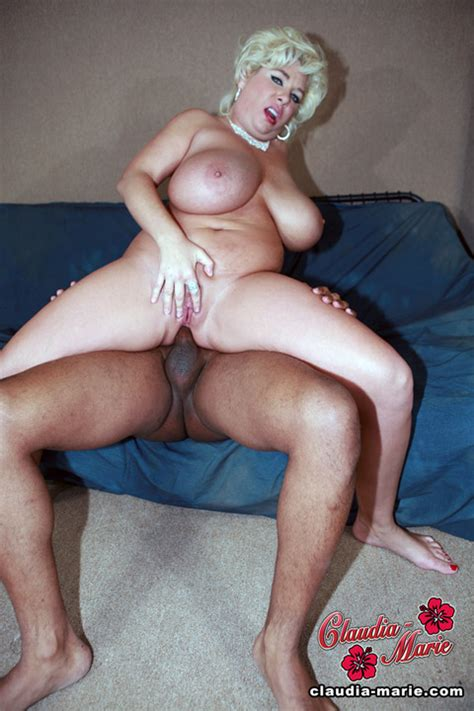 taylor stevens naked with other girls