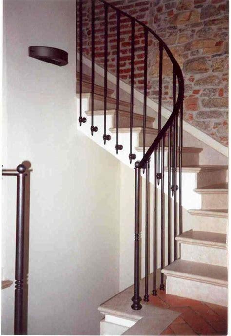 corrimano per scale ditta grimaldini lavorazione in ferro e alluminio