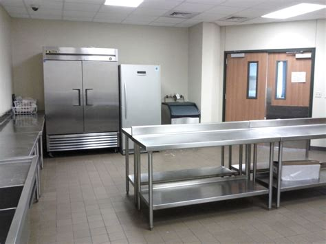 catering kitchen  knox center includes double fridge