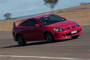 Honda Integra Type R : honda integra type r vs type s comparison review classic motor ~ Medecine-chirurgie-esthetiques.com Avis de Voitures