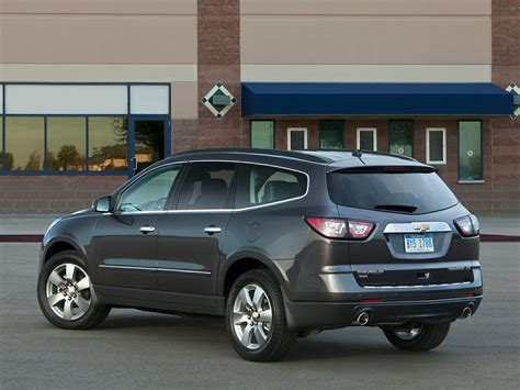 Chevrolet Suv 2015 by 2015 Chevrolet Traverse Price Photos Reviews Features
