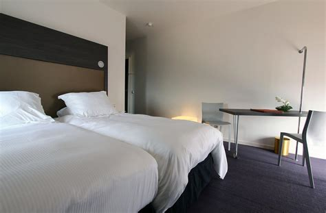 chambre hotel luxe chambre a coucher de luxe en bois 094917 gt gt emihem com