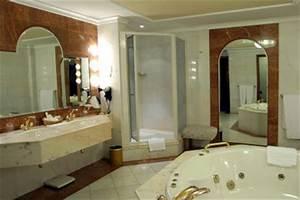 Kosten Für Badezimmer : kosten vom badezimmer den neubau einer dusche kalkulieren sie so ~ Sanjose-hotels-ca.com Haus und Dekorationen