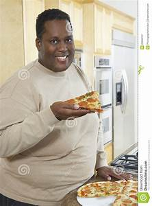 Pin Fat-guy-eating-pizza-rolls on Pinterest