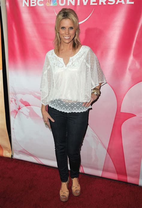 cheryl hines sexy pictures show   flawless figure