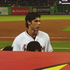 Christian Yelich Height