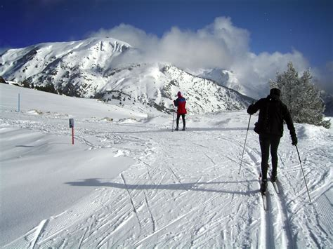 places   skiing  spain