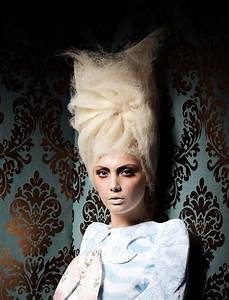Barock Make Up : a long blonde hairstyle from the barock collection by joanne oneil hairdressing no 22314 ~ Orissabook.com Haus und Dekorationen