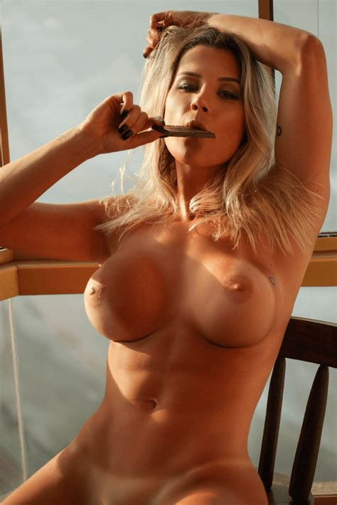 FIT NAKED Vanessa Vailatti Sexy Blonde Fit LOVEFORALL
