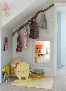 Babyzimmer Gestalten Beispiele : kinderzimmer mit dachschr ge gestalten ~ Indierocktalk.com Haus und Dekorationen