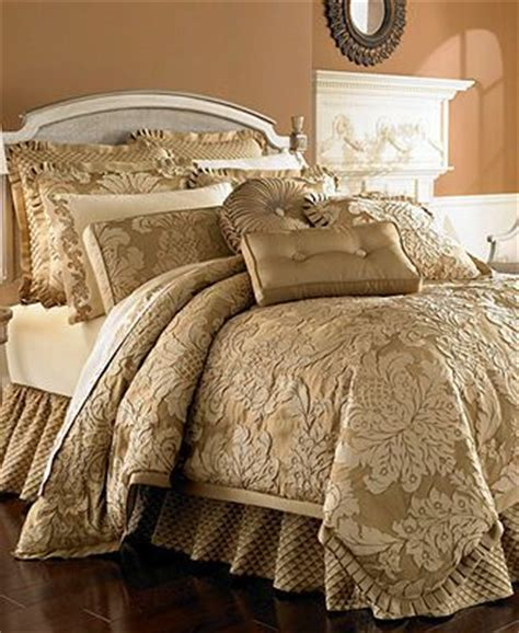 Best 25+ Gold Comforter Ideas On Pinterest Gold