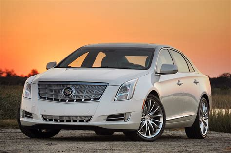 cadillac xts review photo gallery autoblog