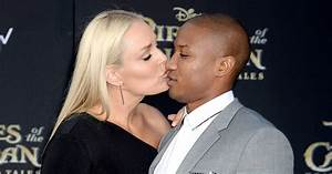 Lindsey Vonn Shares Kiss with New Boyfriend