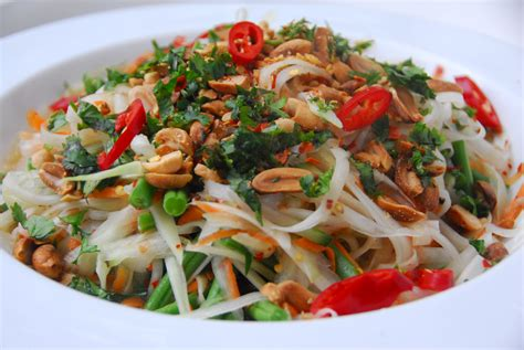 thai salad 301 moved permanently