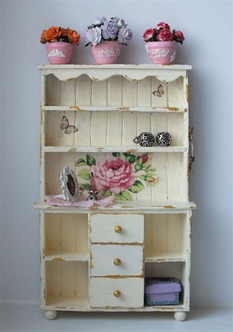 kitchen dresser shabby chic how to shabby chic kitchen dresser part two here http ksandra tyfilka blogspot com 2012 07