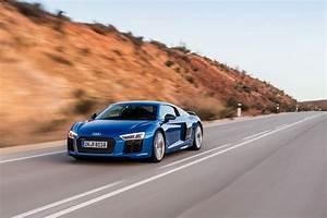 Audi R8 V10 Plus : 2016 audi r8 v10 priced from 162 900 in the us gtspirit ~ Melissatoandfro.com Idées de Décoration