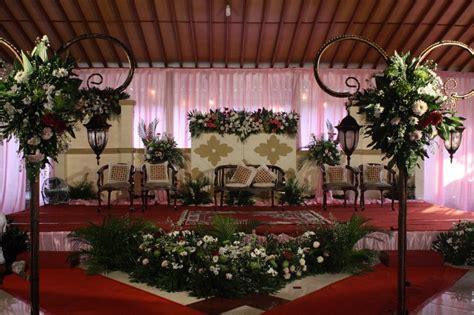 dekorasi pernikahan event gathering pentas seni bunga