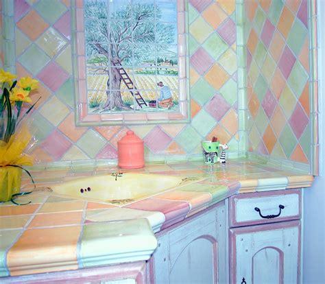 cuisine couleur pastel réalisation cuisine couleur patchworck pastel carrelages