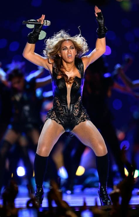 Beyonce Superbowl Meme - beyonc 233 s publicist wants to erase these seven unflattering photos from the internet