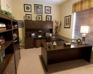 Ideas for decorating your office at work decor for Office decorating themes office designs