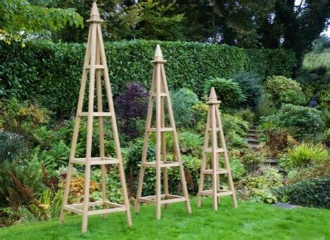 wooden obelisk trellis plans diy