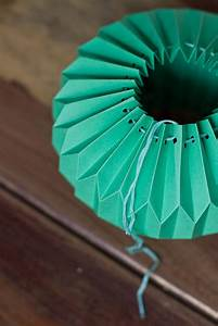 Abat Jour Origami : diy paper things pretty cachemire soie ~ Teatrodelosmanantiales.com Idées de Décoration