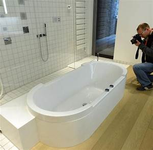 Wieviel Liter Hat Eine Badewanne : tebartz van elst die dusche in limburg hat eine ~ Lizthompson.info Haus und Dekorationen