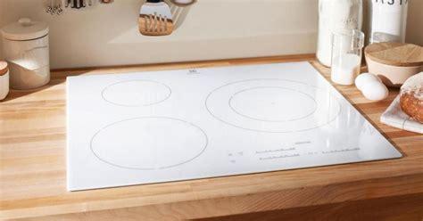 prix robinet cuisine plaque de cuisson vitrocéramique blanche