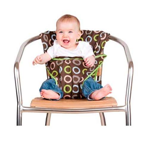 chaise nomade bébé chaise nomade totseat a portée de bisous