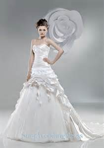 custom wedding dress tulle strapless ruched new designer bridal dresses wholesale 2013 on sale tulle strapless ruched