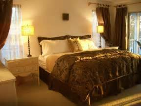 Master Bedroom Decorating Ideas Miscellaneous Master Bedroom Wall Decorating Ideas Interior Decoration And Home Design