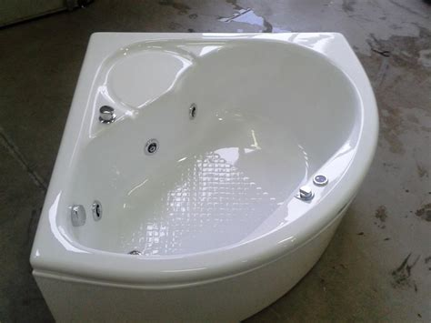 misure vasche da bagno angolari supra angolare con seduta 120 cm