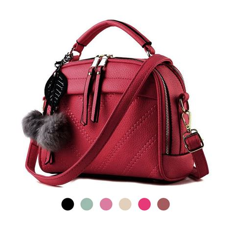 p023 tas wanita 500gr tas wanita import korean style a558 pompom pu