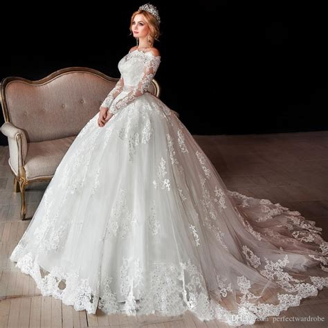Luxury Long Sleeve Lace Wedding Dresses Off Shoulder