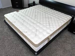 Mattress cover king size brooklyn bedding vs casper for Brooklyn bedding topper