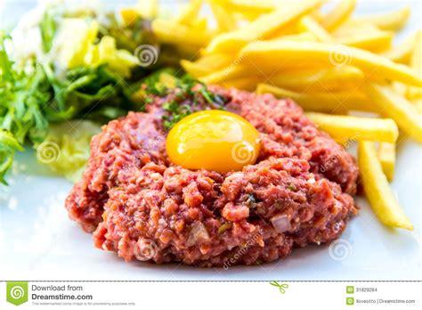 tartare cuisine tasty steak tartare beef stock photo image 31829284