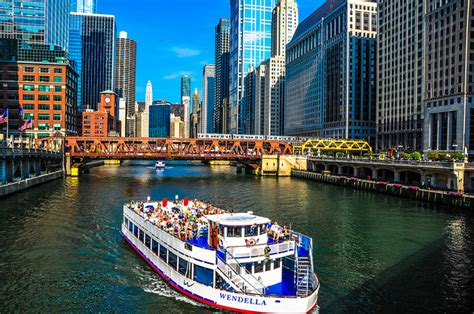 Chicago Architecture Boat Tour October by The Top Ten Things To Do In Chicago Travefy